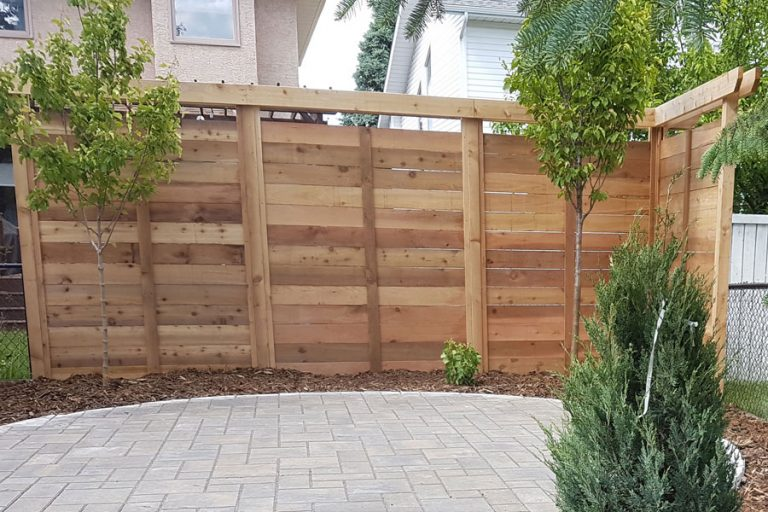 Privacy Screens cedar